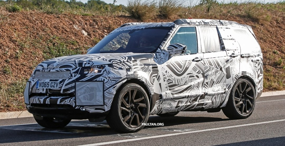 2016 Land Rover Discovery Snapped In The Metal