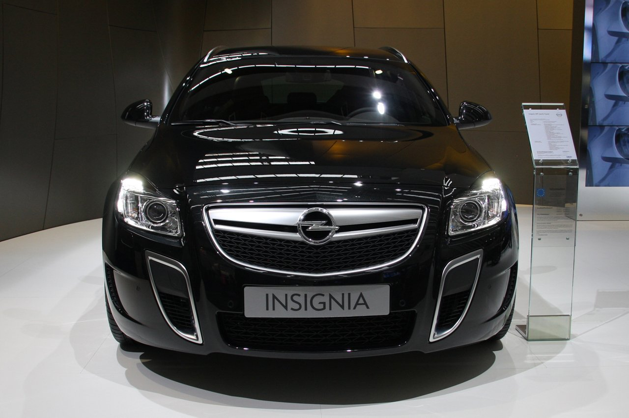 2017 Opel Insignia Coming With New Bi Turbo Diesel