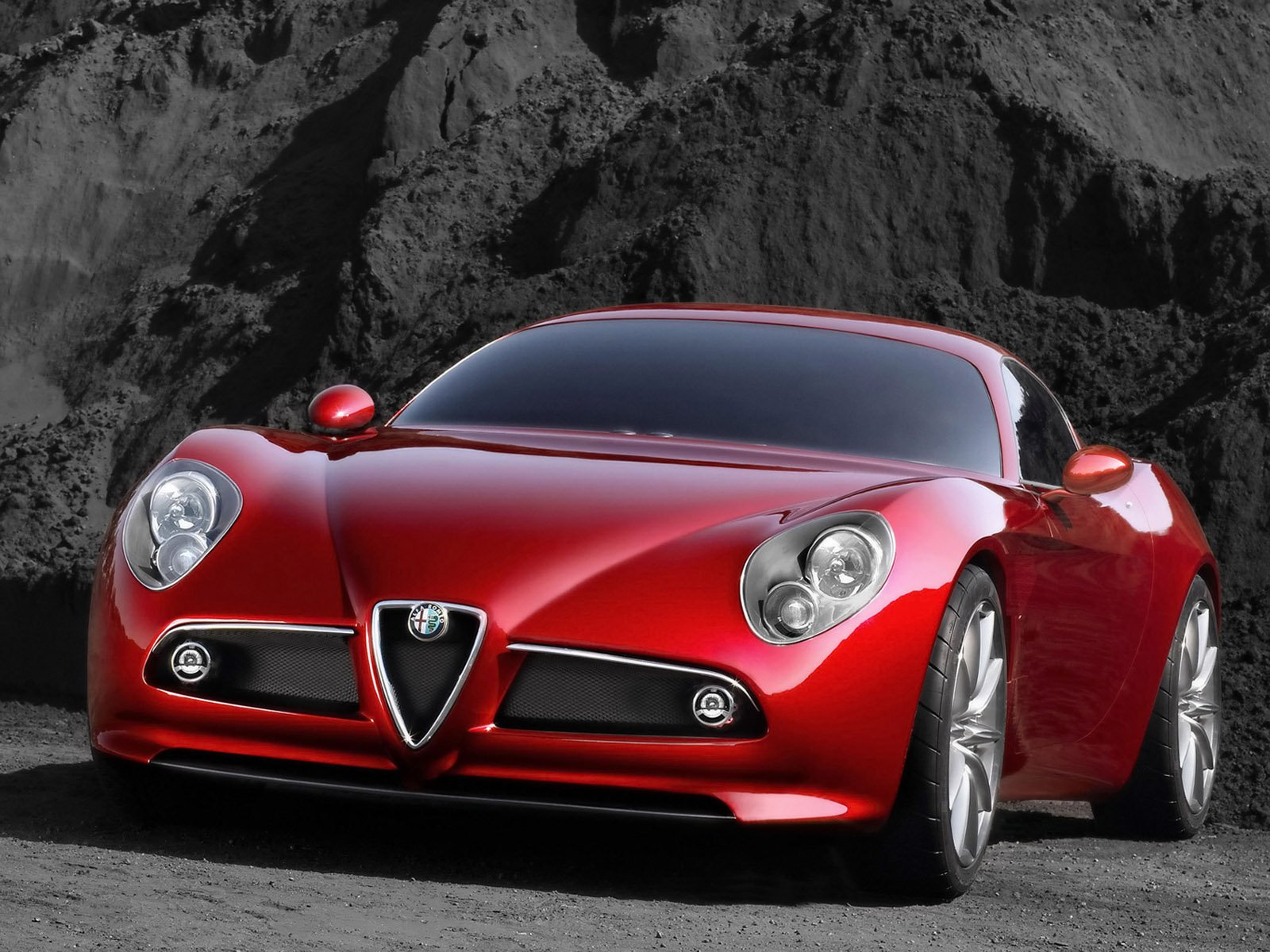 Alfa Romeo Targets 8 New Models To Hit Ambitious Global Sales Goal Of 400,000 Units By 2018