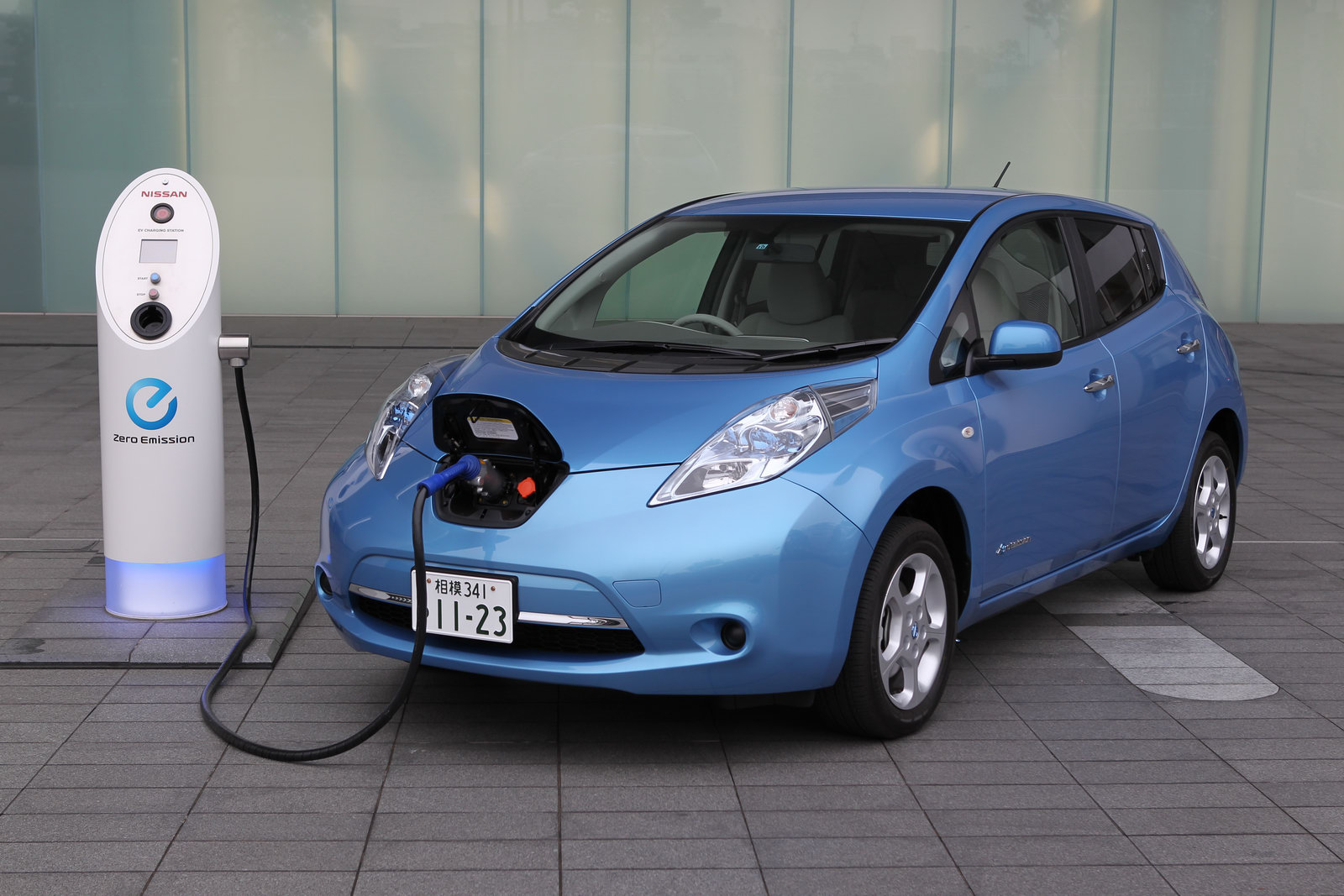 New Nissan Leafs For $10600
