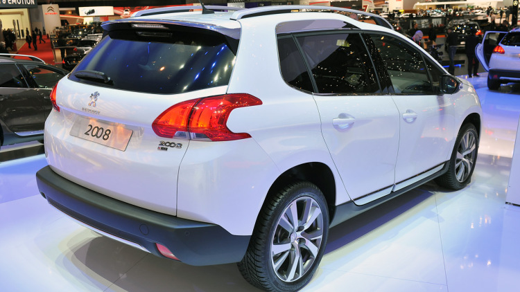 The Smallest Crossover Peugeot 2008 Upgraded The Spring