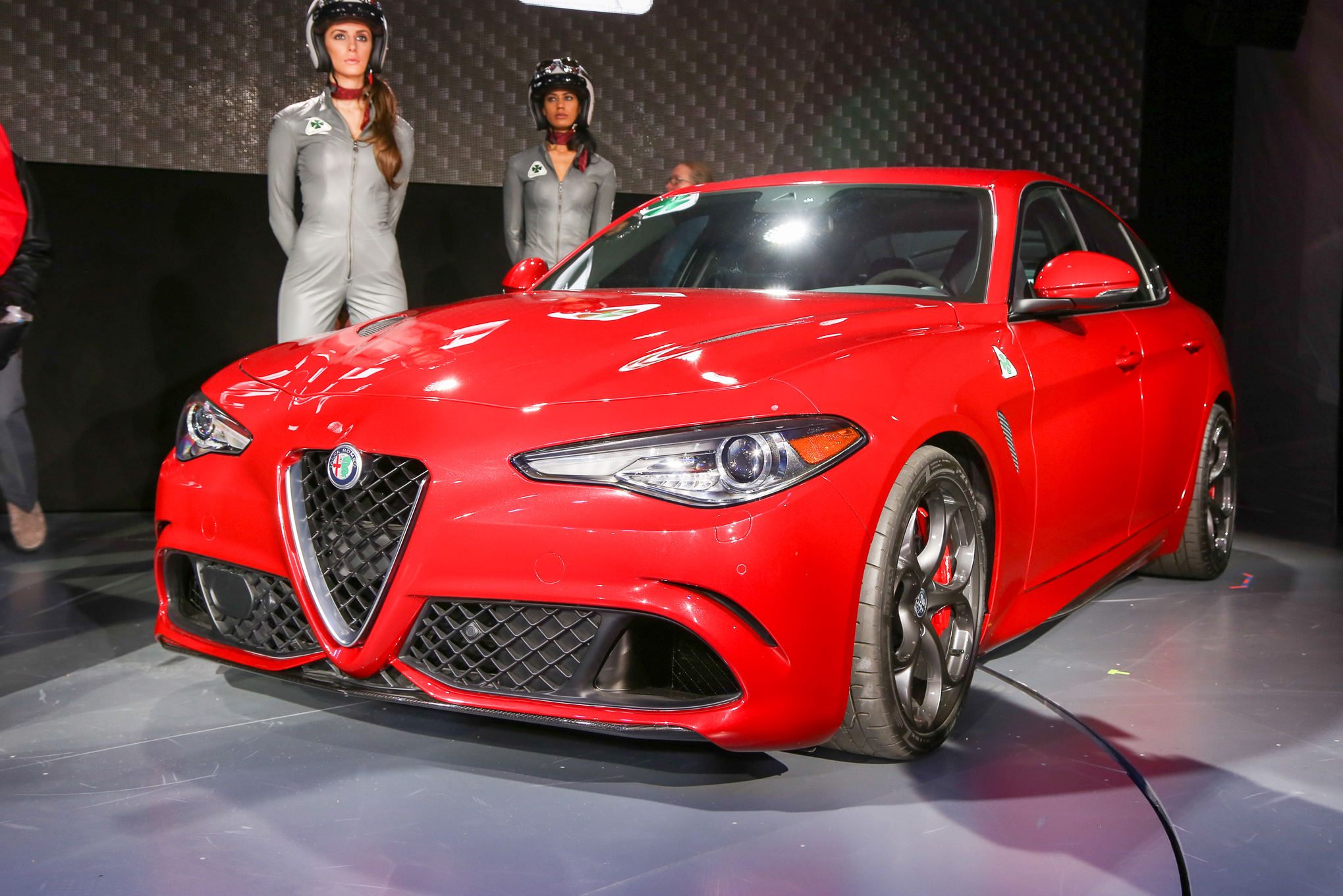 Us Spec Alfa Romeo Giulia Revealed With 276 Hp Version